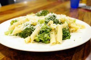 przepis na paste z brokulami 300x199 Pasta   makaron z brokułami