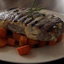 marynowany stek wolowy 220x220 Grill