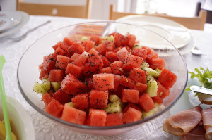 przepis na salatke z arbuza 300x199 Sałatka z arbuza